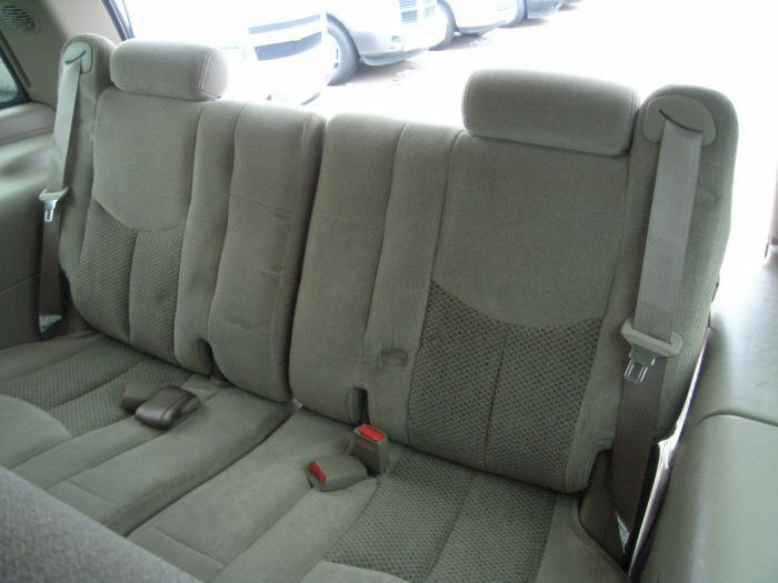 2002 chevy tahoe 3rd row. Black Bedroom Furniture Sets. Home Design Ideas