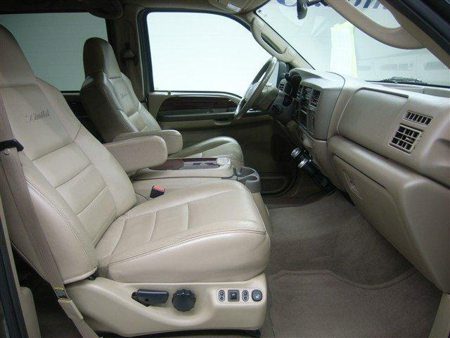 2000 2005 Ford Excursion Front High Back Bucket Seats